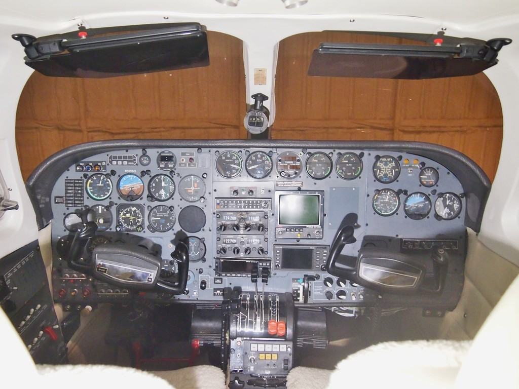 THESE ARE NOT THE CURRENT AVIONICS - SIMPLY SHOWING HOW NICE THE PANEL AREA IS