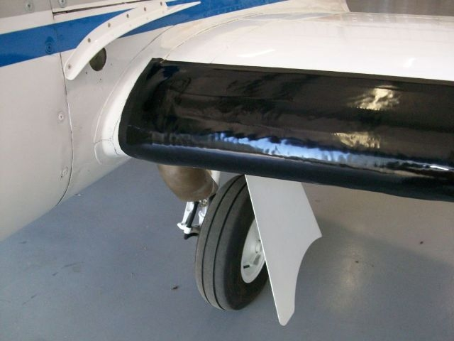 Close up of left wing outside engine nacelle